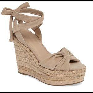 Kendall & Kyle beige wedge sandals, NEVER WORN